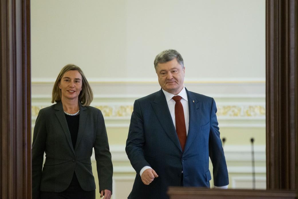 У боротьбі з корупцією Україні варто подвоїти зусилля – Федеріка Могеріні